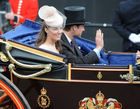 Kate Middleton Stays High Street Cheap For Her People 0611
