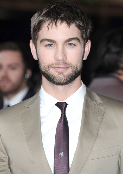 Watch Out Erin Andrews! Your Boyfriend Chase Crawford May Have Eyes For Elizabeth Hurley