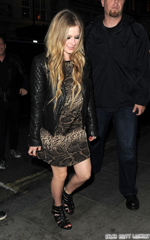 Avril Lavigne Pregnant By Chad Kroeger?
