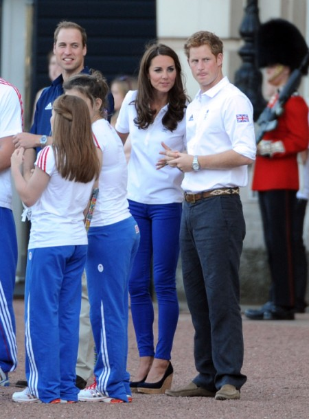 Kate Middleton And Prince Harry Fight Over Who's More Popular 0805
