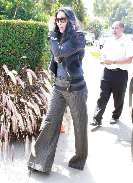 Big ass in jeans culote en el cine - 1 1