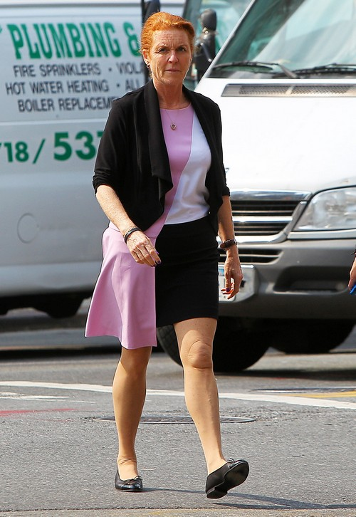 Sarah Ferguson Amp Princess Eugenie Out For Lunch In Nyc