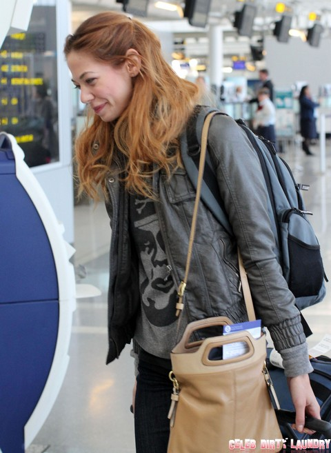 EXCLUSIVE: Analeigh Tipton Catching A Flight In Toronto
