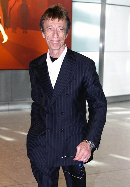 Robin Gibb Is In A Coma, Only Days Left