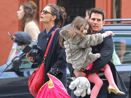 Katie Holmes Upset Tom Cruise Wanted To Send Suri Cruise To Scientology School 0702