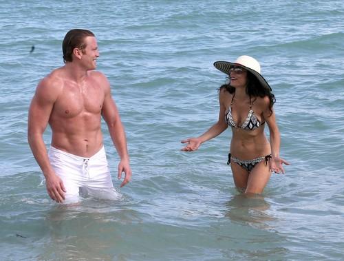 Bethenny Frankel Celebrates New Year's In A Bikini