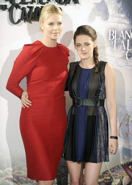 Charlize Theron Hates Kristen Stewart For Her Affair With Rupert Sanders