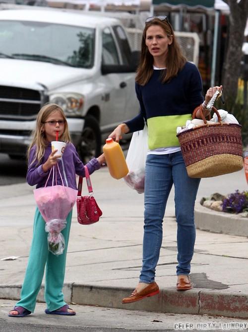 Ben Affleck And Jennifer Garner Eyeing Divorce After Ben Bails On Family For Career
