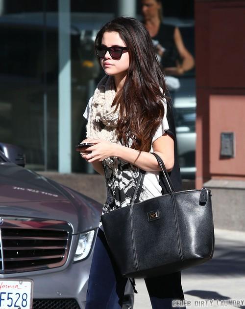 Selena Gomez Dating Luke Bracey
