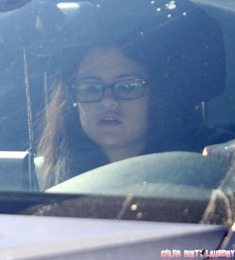 Exclusive... Selena Gomez Takes Her Dogs To The Vet