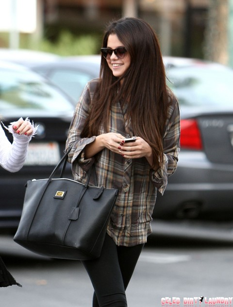 Selena Gomez Grabs Sushi With A Friend