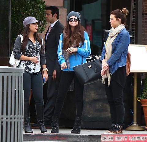 Selena Gomez Blames Justin Bieber For Heartbreaking Valentine's Day
