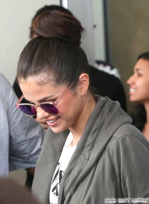 Selena Gomez & Justin Bieber Break Up Again - She Tells Boston Radio Station 'I'm Available'