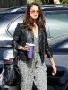 Selena Gomez Stops By An Office In Los Angeles