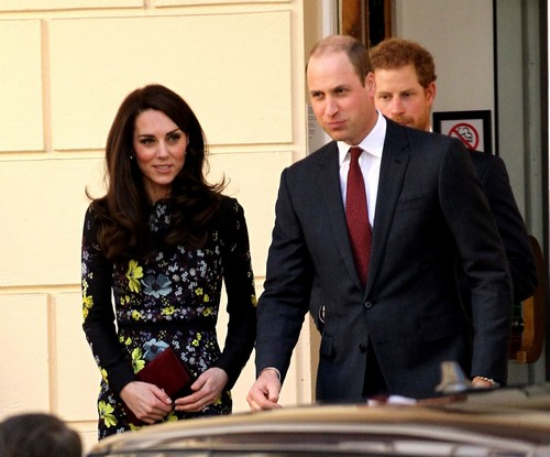 Prince William Disrespects Kate Middleton: Refuses To Wear Wedding Ring?