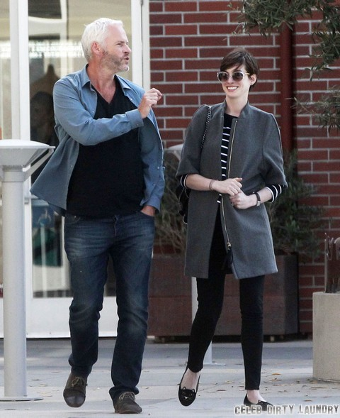 Anne Hathaway Caught Kissing Mystery Man – Marriage Crisis? (Photos)
