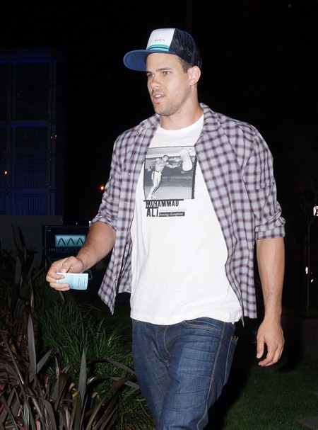 Kris Humphries Has a Booty Call NOT a Girlfriend