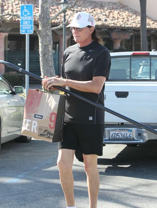 Bruce Jenner Shopping At Becker Surf Shop