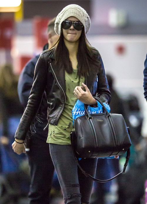 Kendall Jenner Arriving On A Flight In New York City