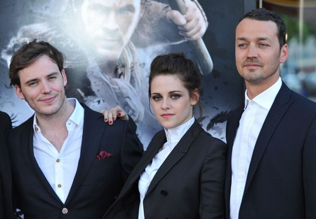 Uh-Oh…Is There Another Photo Of Kristen Cheating About To Come Out?