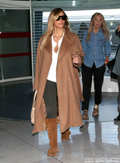 Exclusive... Kim Kardashian Catches A Flight Out Of Paris