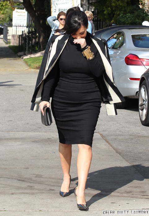 Kim Kardashian Eats For Two In The Valley