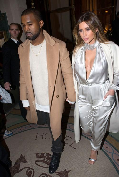 Kim Kardashian Amp Kanye West Step Out In Paris Celeb