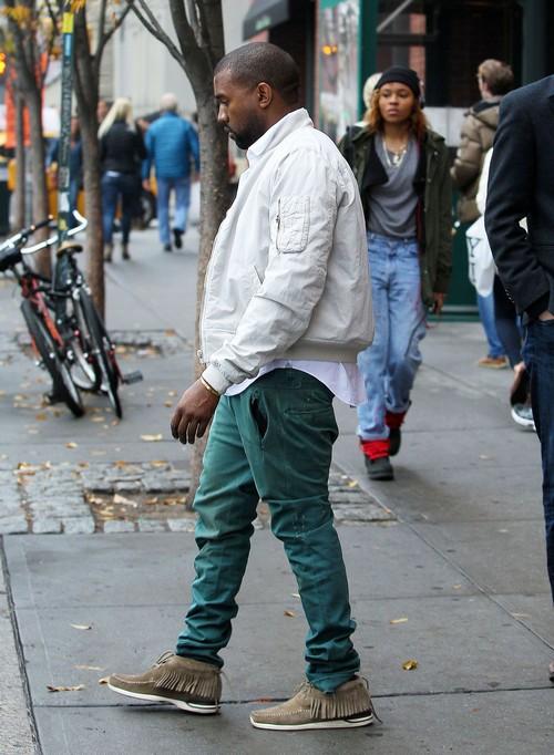 Kim Kardashian & Kanye Step Out In New York