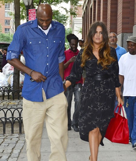 Lamar Odom Grudgingly Shows Up For Khloe Kardashian's Birthday