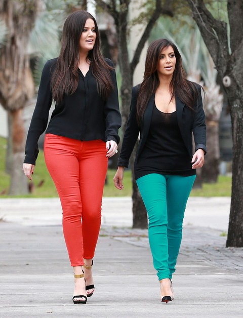 Kim & Khloe Film Their Reality Show In Miami