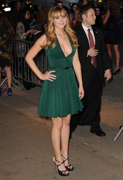 Jennifer Lawrence Calls Herself 'A Troll' & Tells Embarrassing Stories On David Letterman