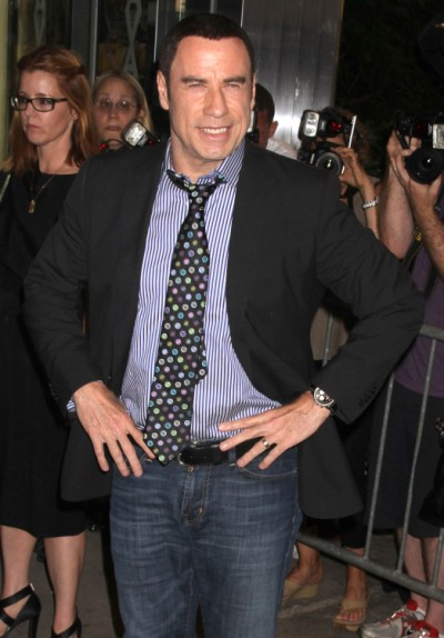 Rashida Jones Demands John Travolta Come Out Of The Closet 0814