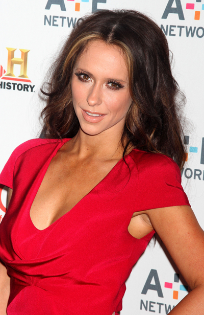Jennifer Love Hewitt Wants To Be A Victoria's Secret Angel