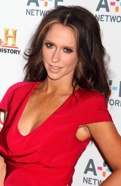 Jennifer Love Hewitt Wants To Be A Victoria's Secret Angel