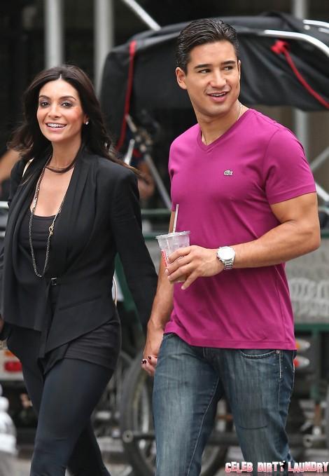 Mario Lopez and Girlfriend Courtney Laine Mazza Walk to Central Park