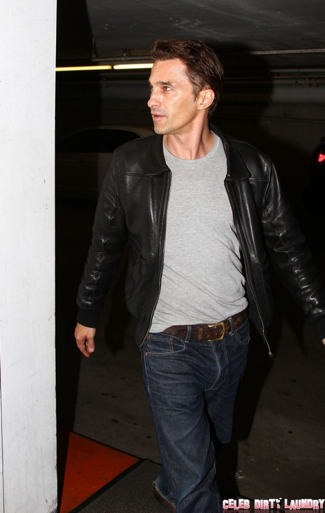 Olivier Martinez Visits A Medical Building
