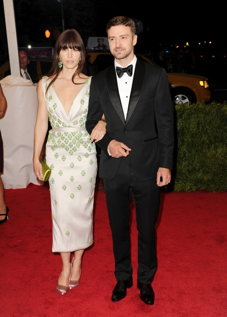 Report: Jessica Biel Catches Justin Timberlake Cheating Again
