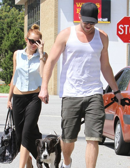 Miley Cyrus and Liam Hemsworth Plotting a Summer Wedding