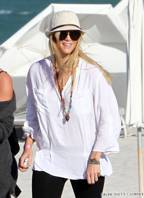 Elin Nordegren Furious At Tiger Woods Over Naked Fishing With Lindsey Vonn