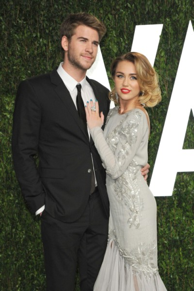 Miley Cyrus And Liam Hemsworth Are Engaged! 0606