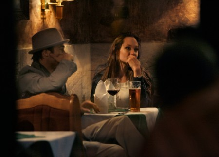 Angelina Jolie Spends $5K On Boozy Curry Dinner With Brad Pitt 0608