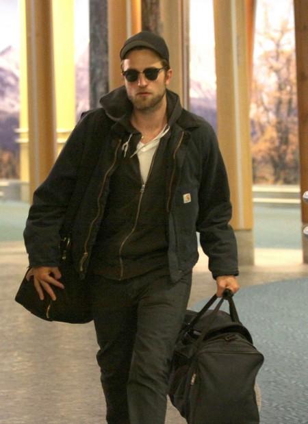 Happy Birthday Robert Pattinson!!