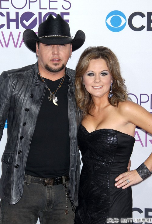 Jason Aldean & Wife Separated After He Kissed Brittany Kerr