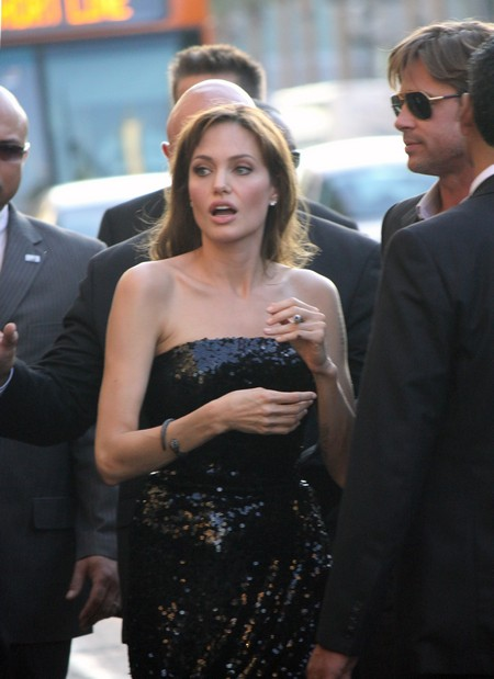 Angelina Jolie Freaks As Brad Pitt Plans To Work With Jennifer Aniston