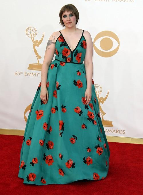 Anna Wintour Desperate To Get Lena Dunham On Vogue Cover - WHY?