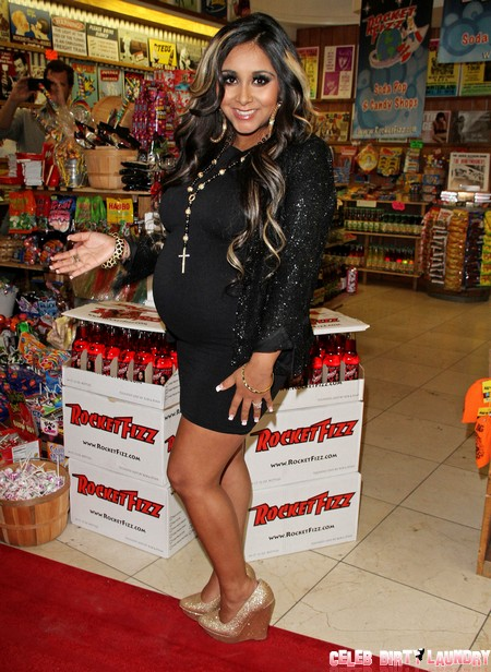 Snooki Giving Birth With Wine And High Heels