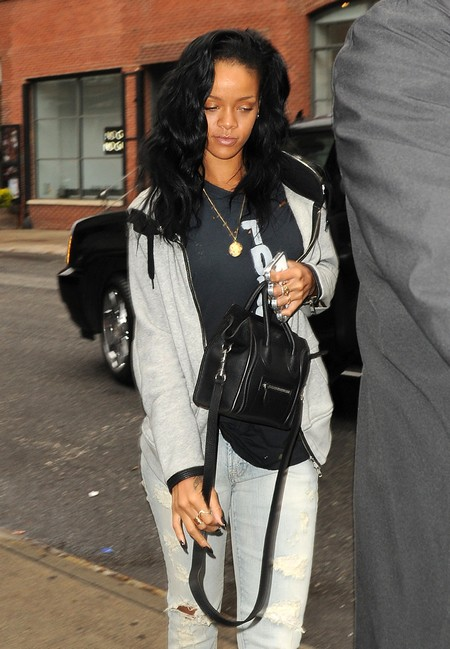 Hard Partying Rihanna's Downward Spiral Continues