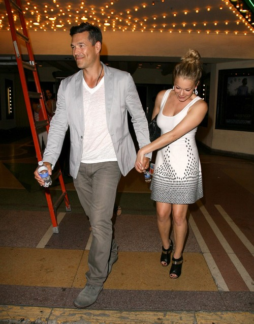 LeAnn Rimes & Eddie Cibrian Leave The El Rey Theater