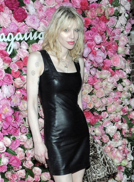 Courtney Love Attacks Dave Grohl Over Alleged Sexual Liaison With Her Daughter