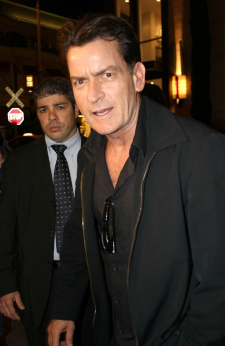 American Idol Wants Charlie Sheen As A Judge!